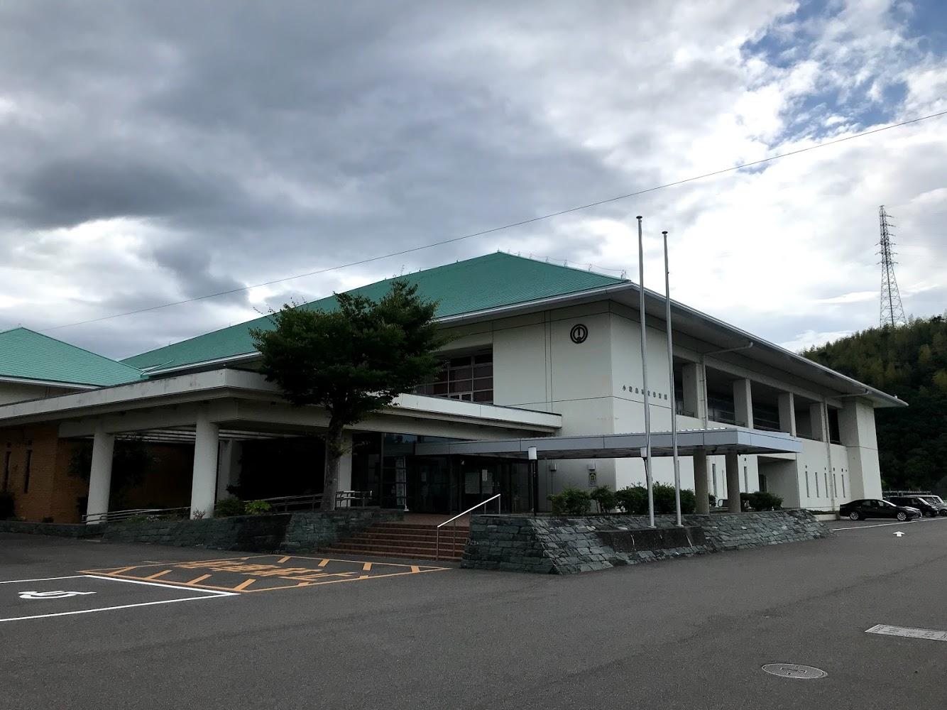 徳島県小松島市立体育館